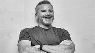 He Spent 10 Years Voicing Sonic The Hedgehog And Now ROGER CRAIG SMITH Is Looking Back At His Career