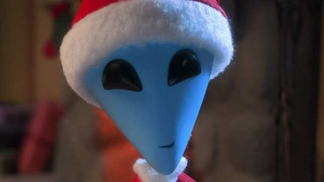 ALIEN XMAS: Netflix Has Released A Brand New Trailer For The Holiday Themed Sci-Fi Special